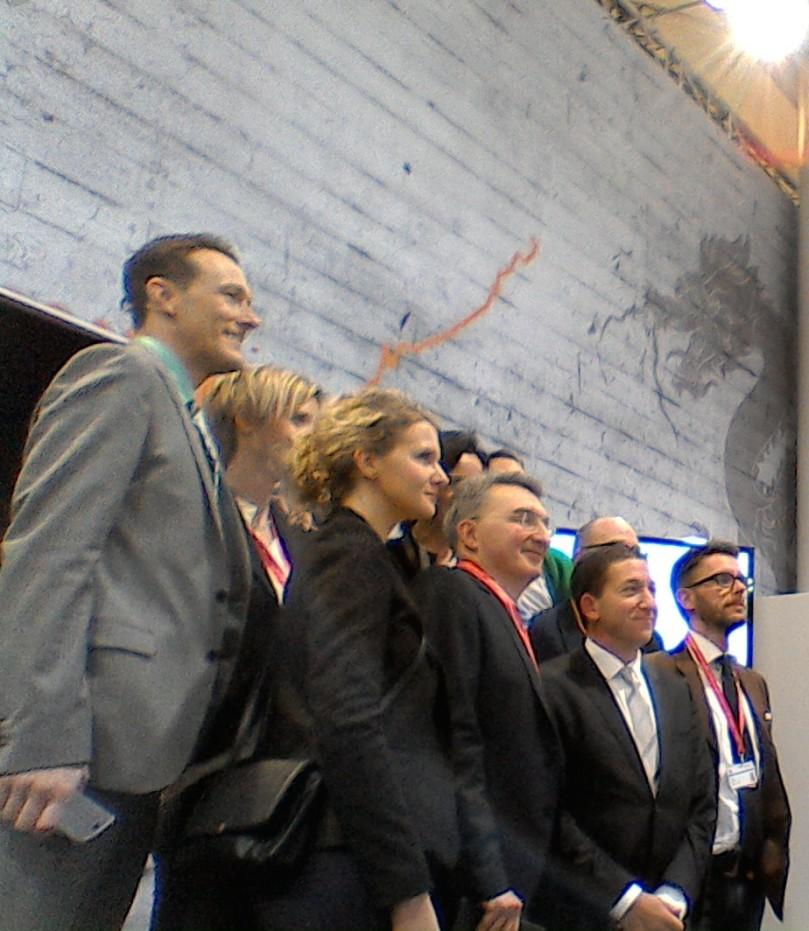 Glenn Greenwald (vorne, zweiter von rechts) mit den anderen CeBIT-VIPs.