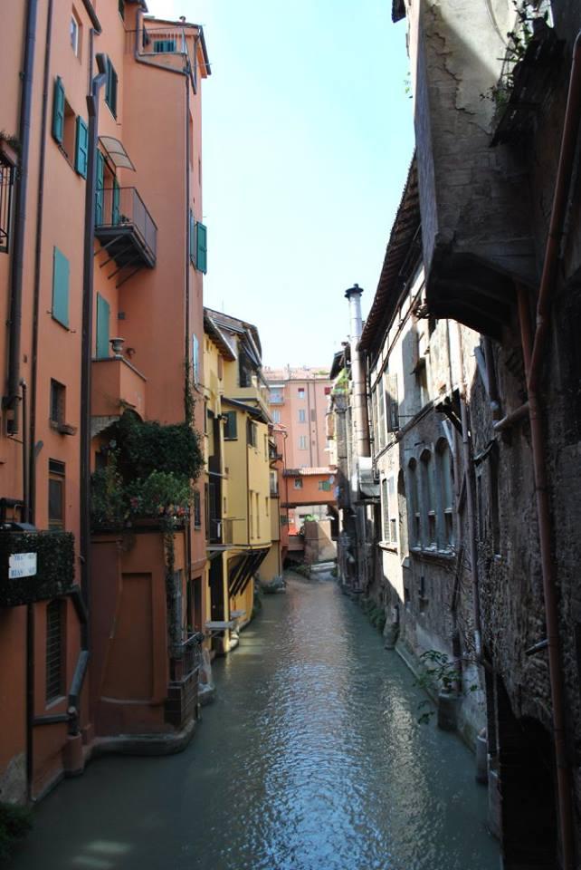 Klein Venedig in Bologna - Foto von Larreitz Stymest