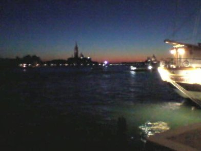 Regenbogenfarbener Sonnenuntergang. Wie immer: No filter needed.